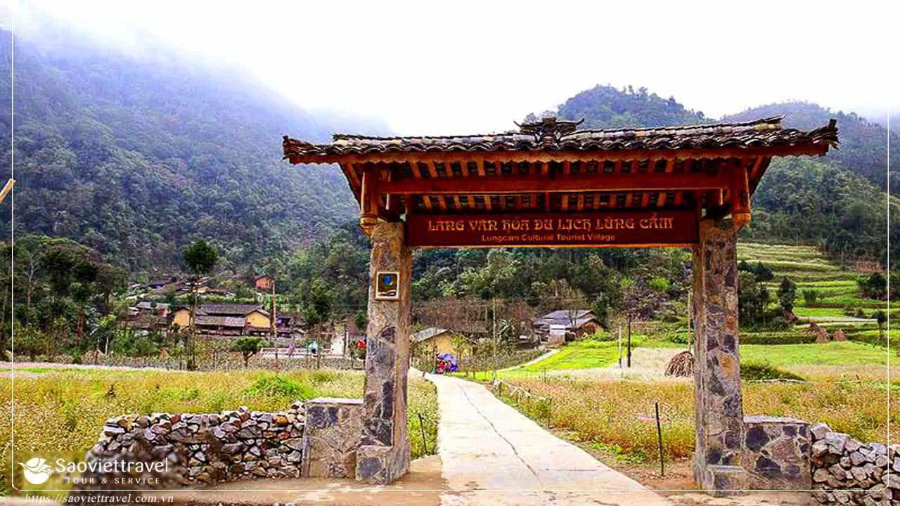 Du lịch Hà Giang - Làng Văn Hóa Lũng Cẩm