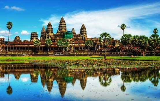 Tour Hà Nội – TP Hồ Chí Minh – Siem Reap – Phnom Penh 5 Ngày 4 Đêm