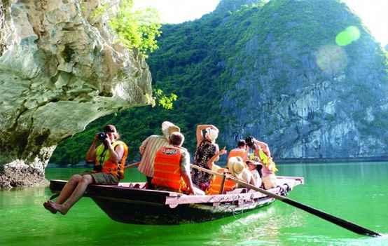 Du lịch – Hà Nội – Vịnh Hạ Long 3 ngày 2 đêm giá tốt từ TP HCM