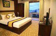 Khách sạn Sea & Sun Hòn Tằm
