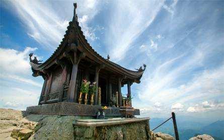 Du Lịch Hạ Long – Tuần Châu – Yên Tử – 2 Ngày 1 Đêm – Giá tốt từ Hà Nội