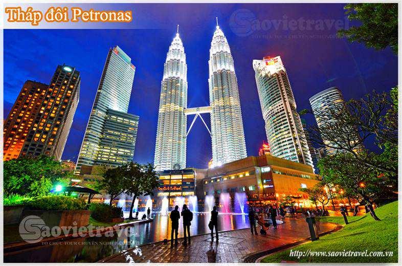Du lịch Malaysia - Tháp đôi Petronas