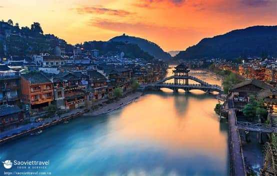 Du lịch Trung Quốc – Trương Gia Giới – Phượng Hoàng Cổ Chấn giá tốt 2018
