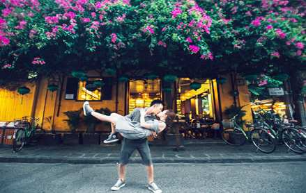 Tour Du Lịch Đà Nẵng – Sơn Trà – Buffet Bà Nà – Cầu Vàng – Hội An giá tốt 2019