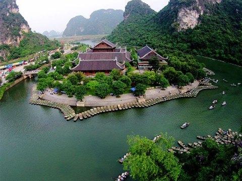 Du lịch Miền Bắc – Hà Nội – Ninh Bình – Hạ Long – Yên Tử – Chùa Hương từ Sài Gòn – TOUR CAO CẤP