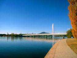 Du lich Canberra Uc